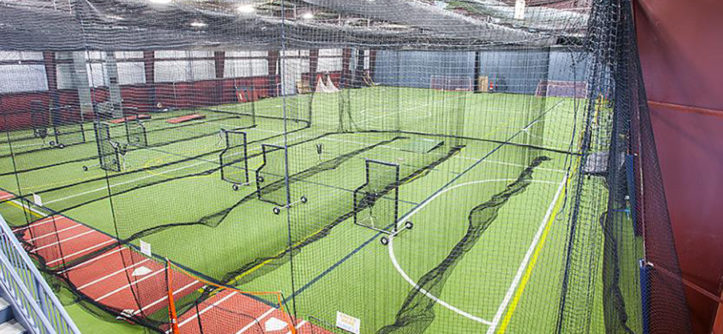 Essential protective screens for your facility on deck for Design indoor baseball facility